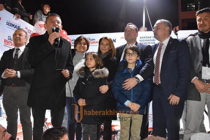 Akhisar Belediye Başkanı Besim Dutlulu Oldu