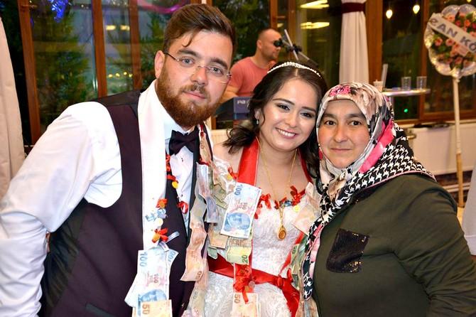 Hüseyin ile Fatma'ın Mutlu Günü