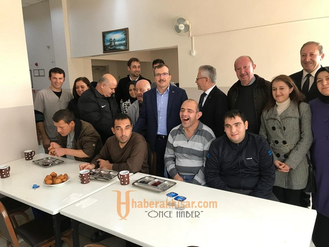 Milletvekili Uğur Aydemir'den Akhisar'da anlam dolu ziyaretler