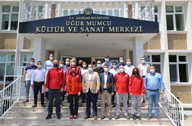 Akhisar'ın İlk Arama Kurtarma Ekibi Sertifikalarını Aldı