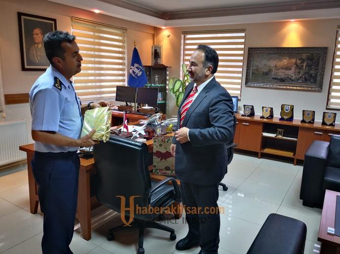 Müftü Türkmenoğlu'ndan Garnizon Komutanına Ziyaret