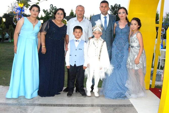 Rafet Akdeniz Erkekliğe Adım Attı