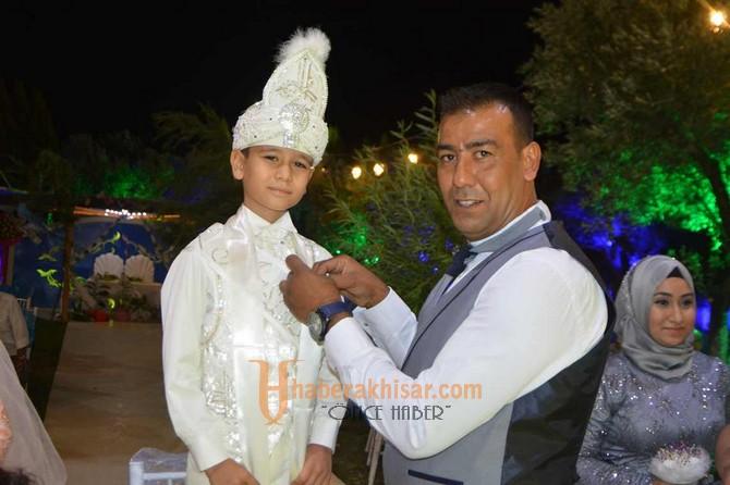 Mustafa Arda Mecit Erkekliğe Adım Attı