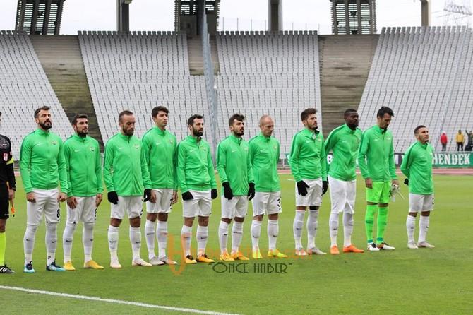 Fatih Karagümrük; 1 - Akhisarspor; 4