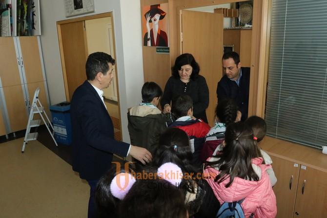 Akhisar Zübeyde Hanım İlkokulu 4.sınıf öğrencileri şehrini keşfetti