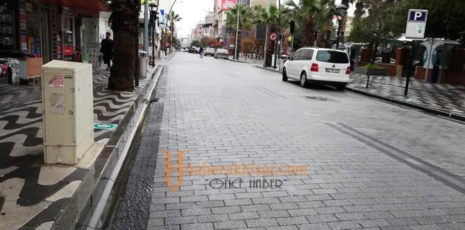 Tahir Ün Caddesi Esnafları Aşırı Yağışlardan Etkilenmedi