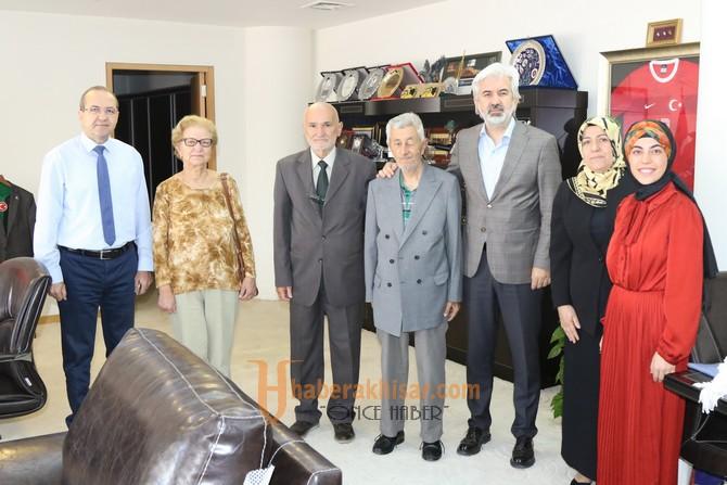 Akhisar Spor Adamları Derneği'nden Belediye Başkanı Salih Hızlı'ya ziyaret