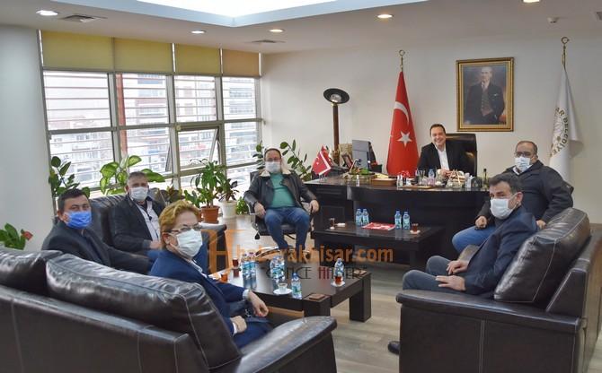 Muhtarlardan Belediye Başkanı Besim Dutlulu'ya Teşekkür