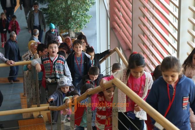Yayakırıldık ilkokulu öğrencileri artık birer fahri rehber oldu