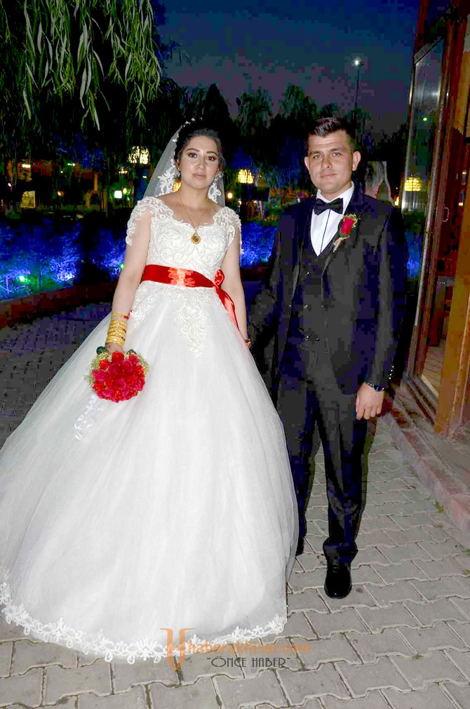 Seyhan ve Nazife Çiftinin En Mutlu Günü