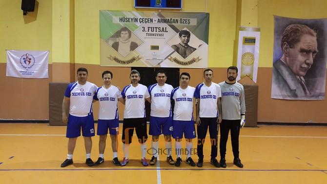 Futsal turnuvasında 3 grupta üst tura çıkanlar belli oldu