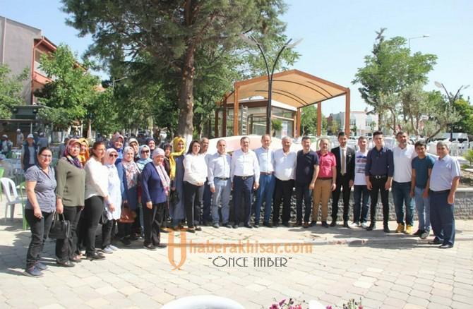 AK Parti Manisa Milletvekili Uğur Aydemir, Gördeslilerle buluştu