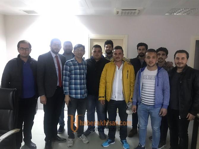 AK Parti Gençlik Kolları, Emniyet Güçlerine gece mesaisi ziyareti yaptı