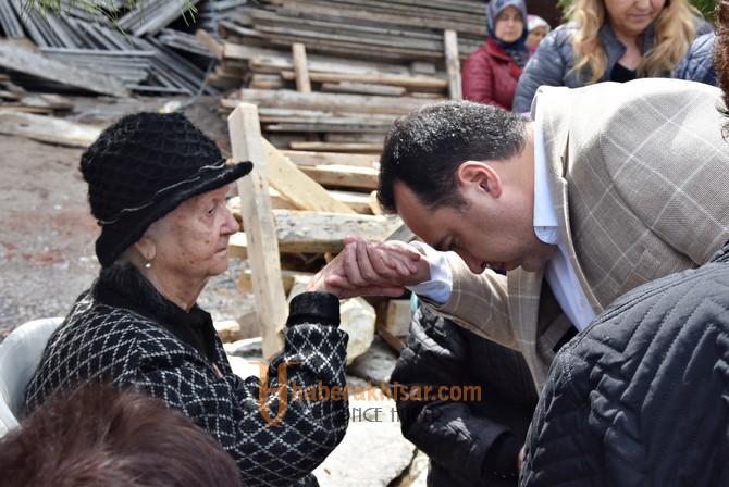 Başkan Dutlulu, Dağlı ailesini yalnız bırakmadı