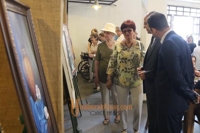 Tarihi Kasap Halinde Çağlak Festivali resim sergisi açıldı