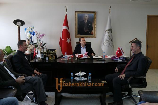 Akhisar OSB yönetiminden, Başkan Besim Dutlulu'ya tebrik ziyareti