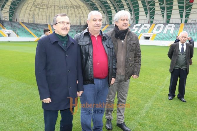 Spor Toto Akhisar Belediye Stadyumu basın mensuplarına tanıtıldı