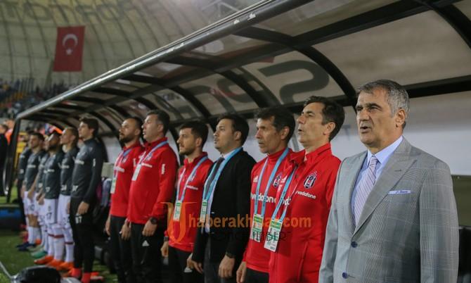 T.M Akhisarspor; 0 - Beşiktaş; 3