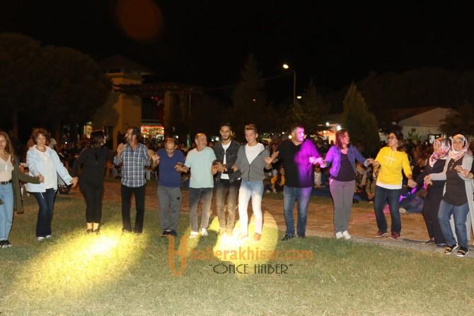 Akhisarlı Bayburtlular, kültür gecesinde buluştu