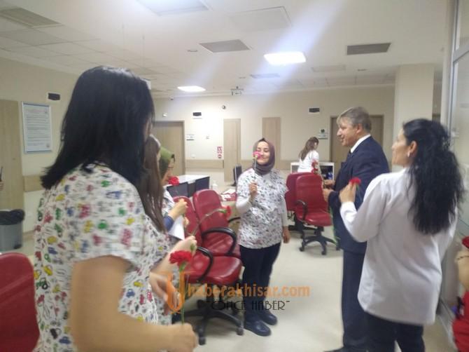 Ergün Karaoğlu Hemşireler Haftasını Kutladı