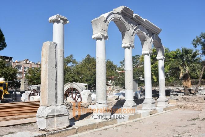 Thyateira Roma Caddesi Sütunları ikinci etabı başladı