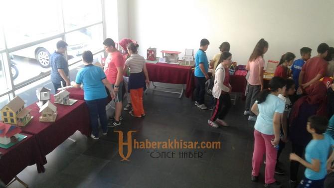 Şehit Hasan Acar Ortaokulu sergisi açıldı