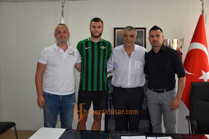 Akhisarspor Irfan Hadzic'i Renklerine Bağladı