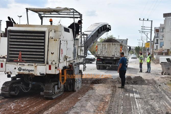 Akhisar Belediyesi Asfalt Çalışmaları Dört Koldan Devam Ediyor
