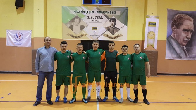 Futsal turnuvasında final grubu ilk maçları yapıldı