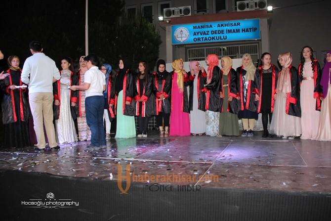 Ayvaz Dede İmam Hatip'den Muhteşem Mezuniyet Töreni