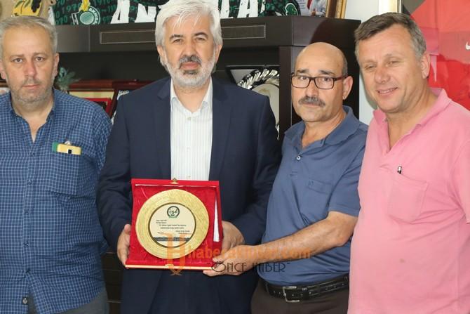 Akhisarlı Avcılardan, Belediye Başkanı Salih Hızlı'ya Çağlak Festivali teşekkürü