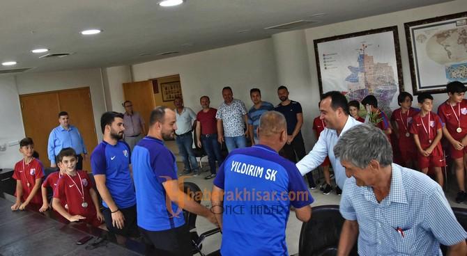 Akhisar Yıldırımspor'dan Başkan Dutlulu'ya teşekkür