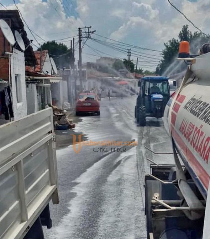 Akhisar Belediyesi Karantinadaki Vatandaşları Yalnız Bırakmıyor