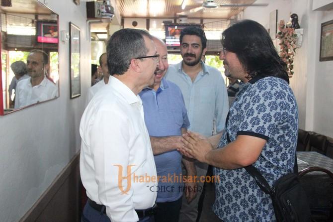 Milletvekili Uğur Aydemir, seçim çalışmalarını esnaf ziyareti ile noktaladı