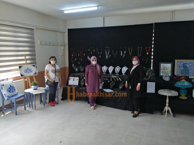 Akhisar Halk Eğitimi Merkezi Sanal Sergisi Halkın Beğenisine Sunuldu