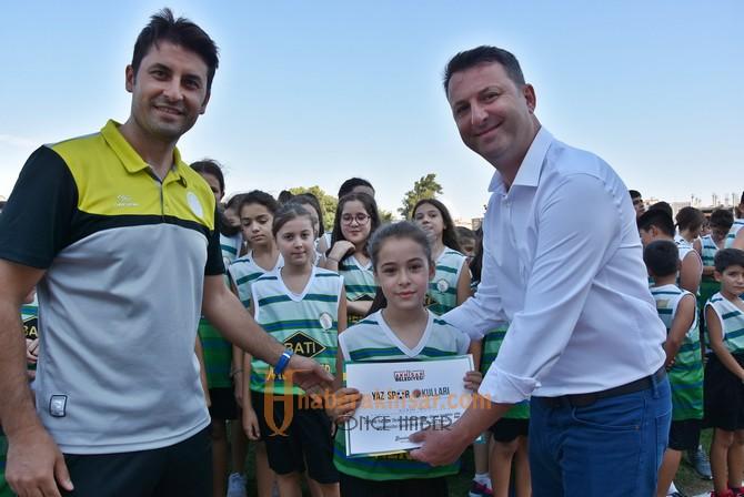 Akhisar Belediyesi yaz spor okulu sona erdi